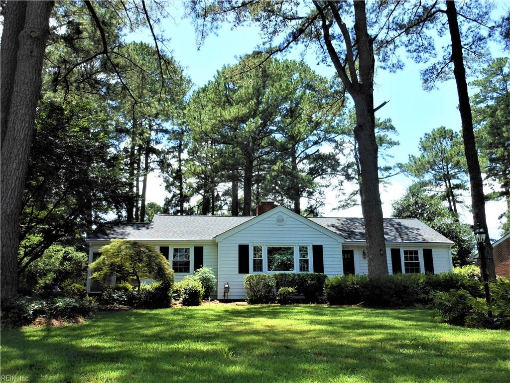 300 Cedar Lakes Drive - Chesapeake, Virginia - Real Estate Offices ...