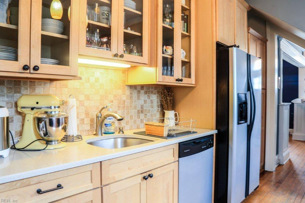 amazing kitchen cabinets 1220 manchester avenue norfolk 23508 larchmont mls 1220